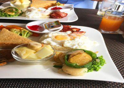 breakfast-hotel-lake-star